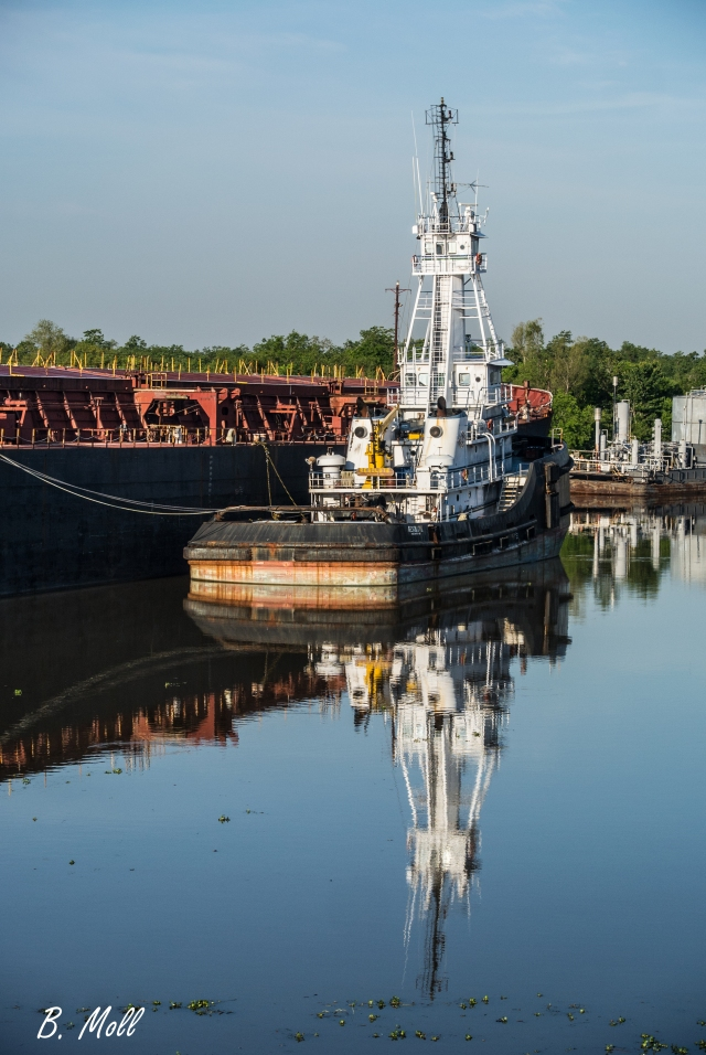 Laid up tug and barge