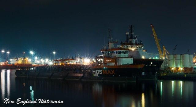 HOS Captain & HOS Blackfoot at Hos port north