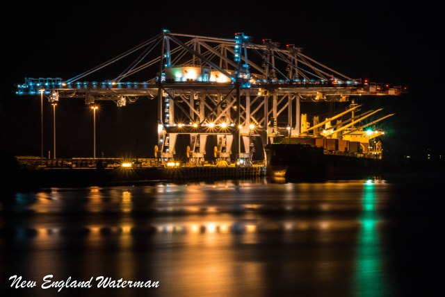 Bulker offloading at the Port of Mobile