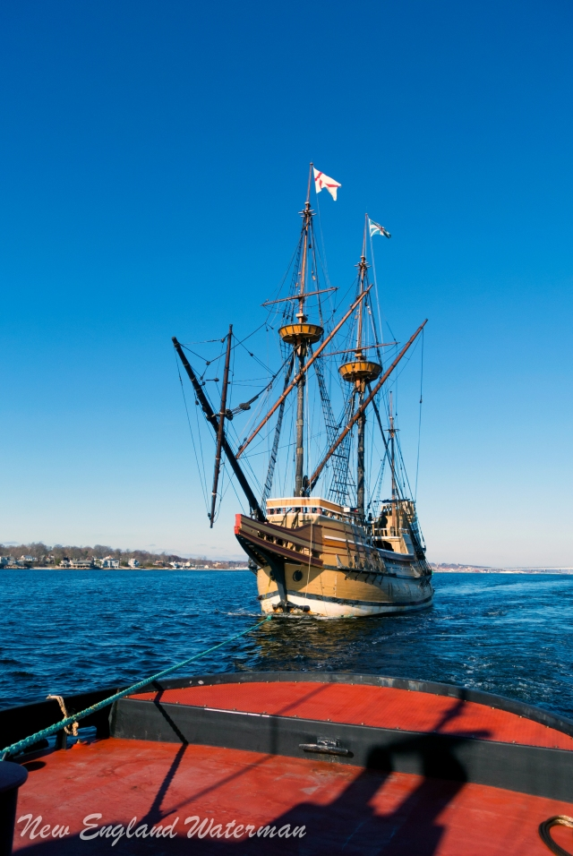 Mayflower II on a short hawser