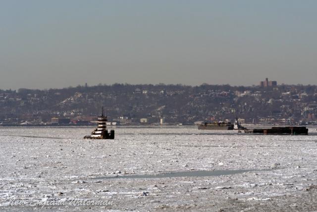 Chesapeake Coast picking her way into Gowanus