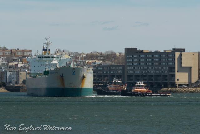 Boston Towboat hard at work